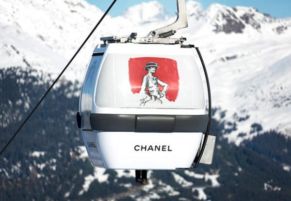 karl_lagerfeld_instala_una_pop_up_store_de_chanel_en_la_estacion_de_ski_de_courchevel_8324_620x